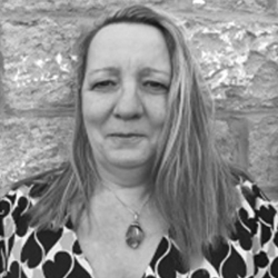 Sharon Francis Headshot